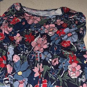 Motherhood maternity top size large with tags